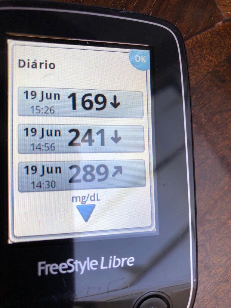 Imagem do glicosímetro do João, ele inicia a aula com 226 de glicemia e termina com 91.