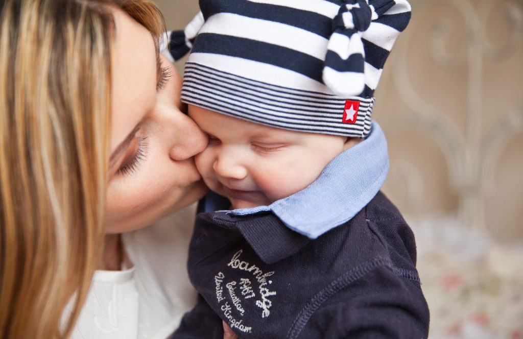 baby-baby-with-mom-mother-kiss-tenderness-67663-min